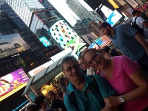 roy munday artist, new york, times square